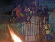 Oheň. Svátek Diwali. Agonda, Goa, Indie