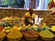 Indický trh v Canacona. Goa, Indie