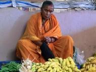 Žena na trhu. Canacona. Goa, Indie