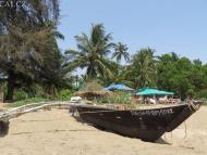 Loď na pobřeží. Goa, Indie