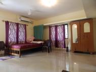 Ubytování: Agonda, Goa, Indie. Ložnice.