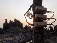 Rozvody elektřiny. Arambol, Goa, Indie