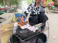 BBQ jidlo na ulici. Kambodža