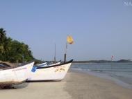 Lodě a moře. Palolem, Goa. Indie
