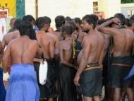Po koupeli v moři. Rameswaram, Tamil Nadu, Indie