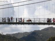 Most přes řeku Ganga - Rishikesh, Uttarakhand, Indie
