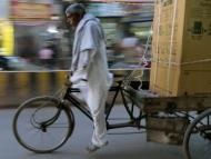 CYKLO-RYKŠA * Rikshaws ve Varanasi. Indie