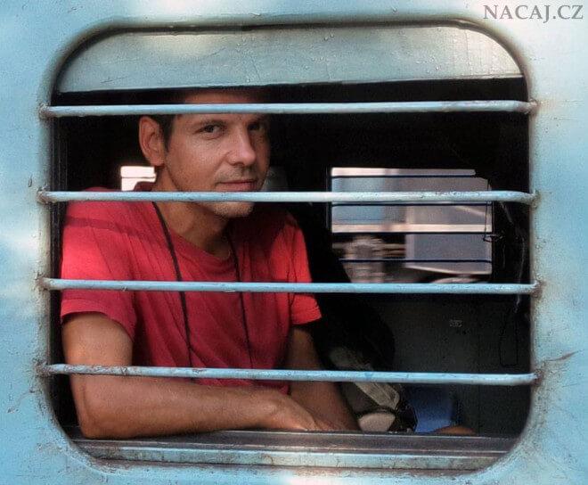 Cestování vlakem po Indii