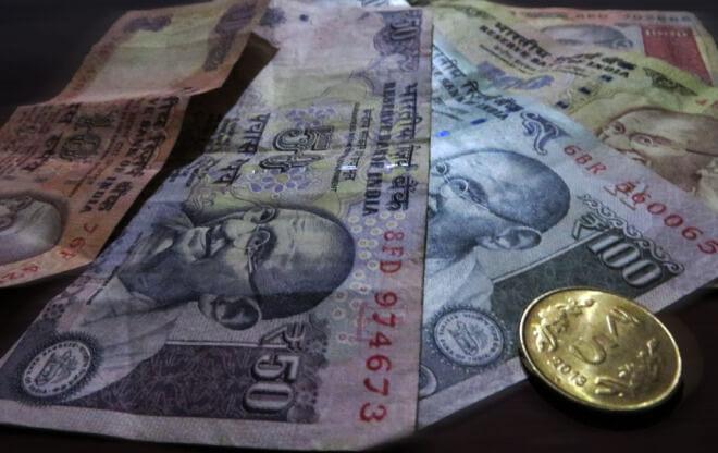 Indické Rupie. Výměna peněz v Indii